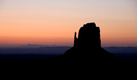 Mitten at sunrise, Monument Valley